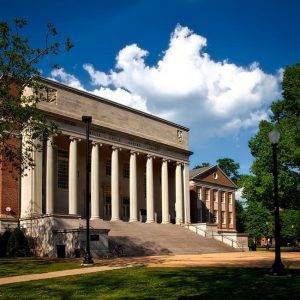 haz tu selección universidades con beca desafios